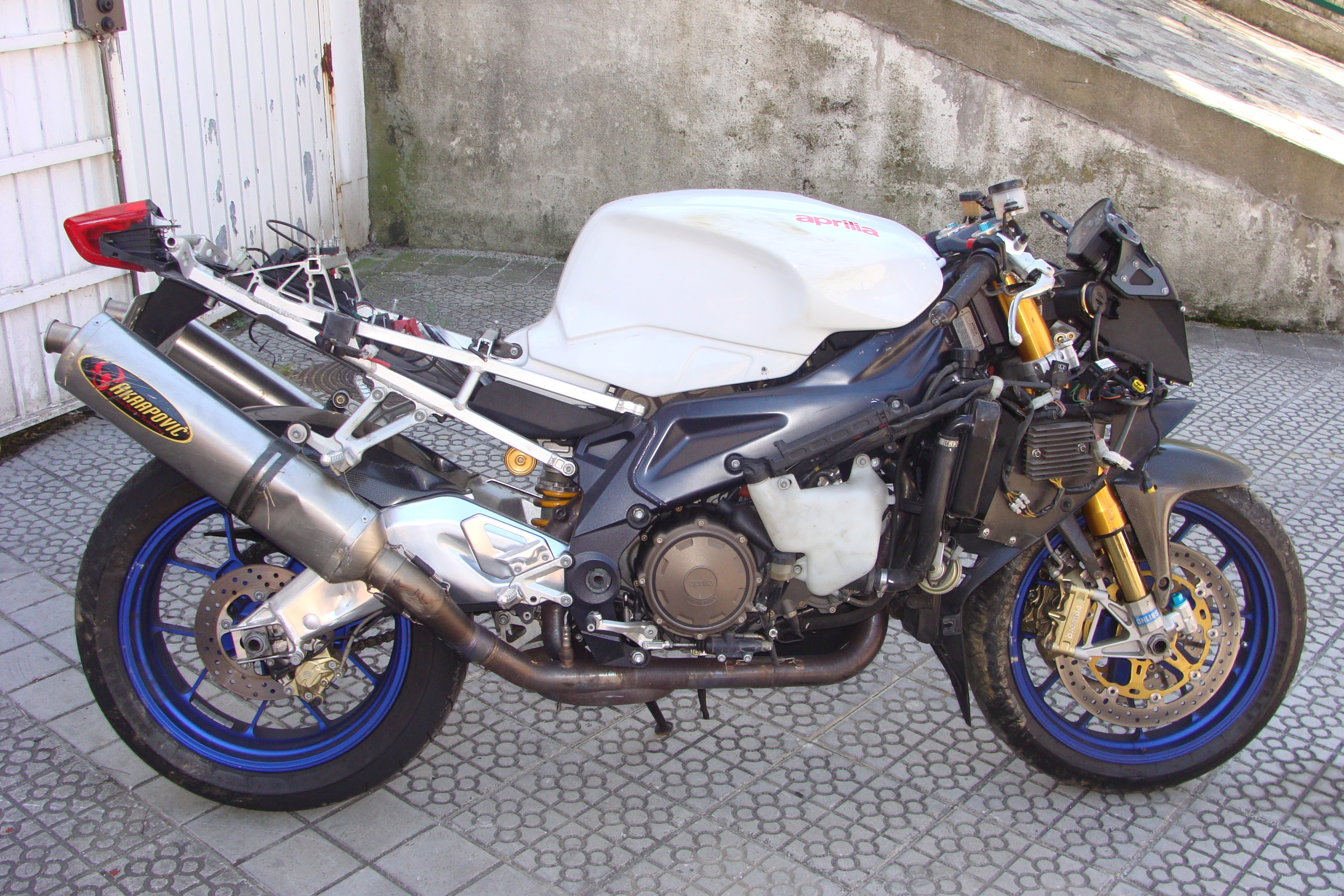 RSV Mille Factory 2005