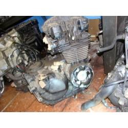 Motor Kawasaki GPZ 400 FII