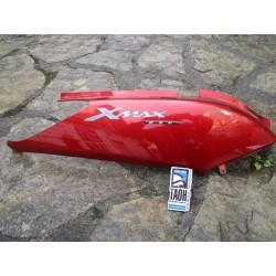 Bajo asiento derecha X-Max 250 06
