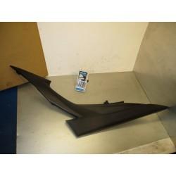 Bajo asiento izquierda GSR 600 07