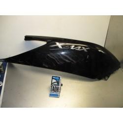 Bajo asiento derecha X-Max 250 11
