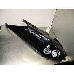 Bajo asiento derecha X-Max 125 07